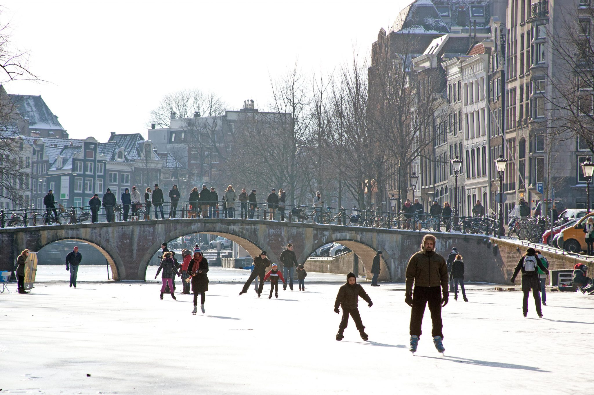 ice-skating-amsterdam-canals