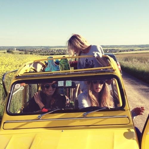road trip με φιλους